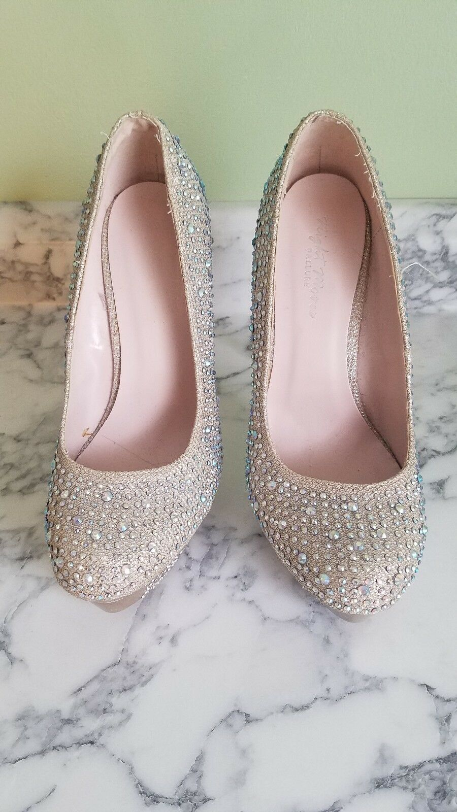Night Night Night moves by allure Größe 8 Rosa Gold prom schuhe with Iridescent gems 5b3201
