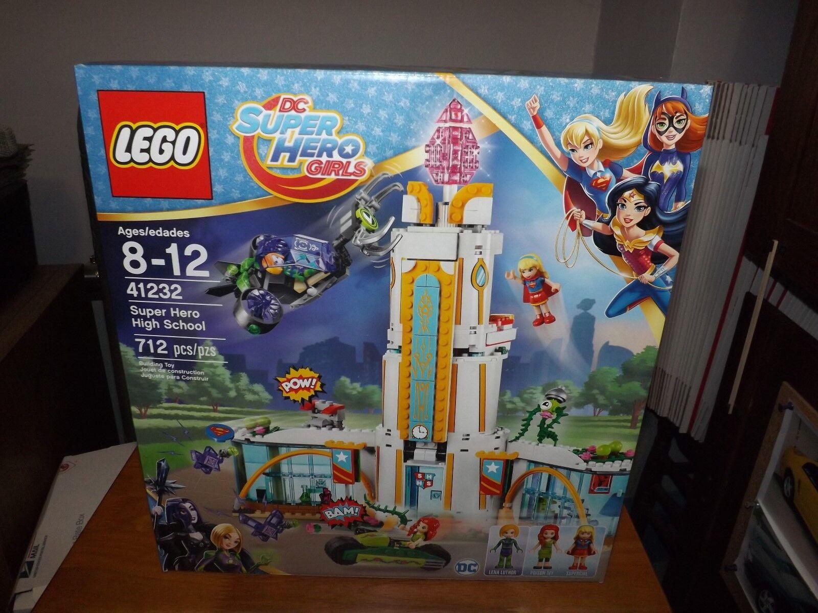LEGO, DC SUPER HERO GIRLS, SUPER HERO HIGH SCHOOL, KIT  41232, 712 PCS, NIB 2016