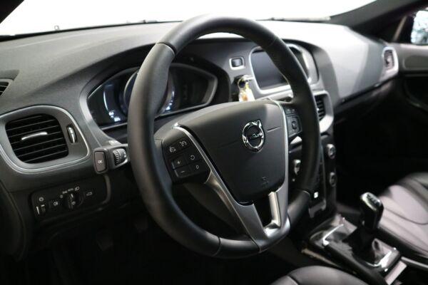 Volvo V40 2,0 D3 150 Momentum - billede 4