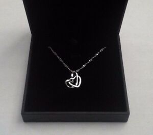 Sterling-Silver-Love-Double-Heart-Pendant-Necklace-Chain-Gift-Box-valentines-her