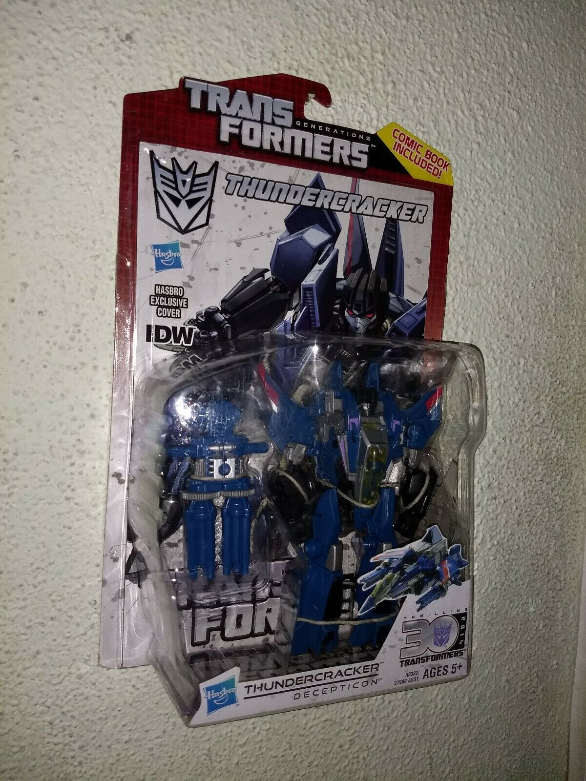 Brand New TRANSFORMERS 2013 GENERATIONS 30th IDW Deluxe Thundercracker