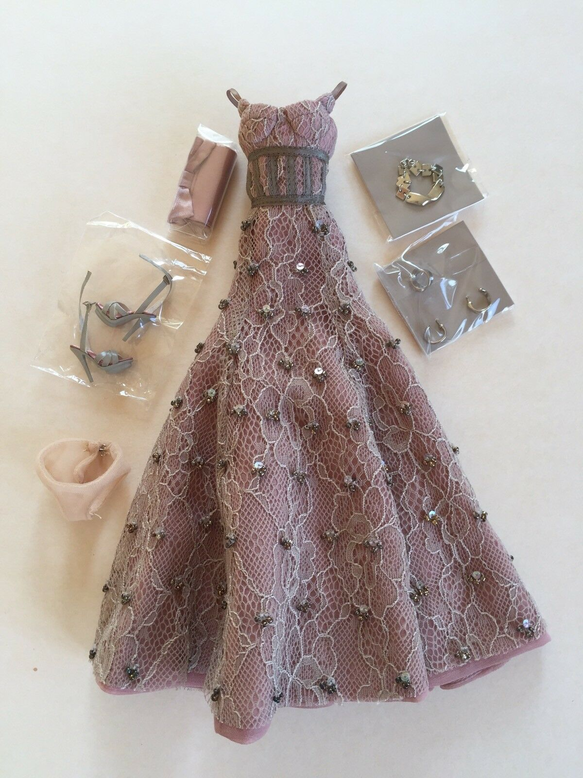 Outfit complet Agnes Love, Life and Lace Fashion Royalty FR2 Integrity Toys doll