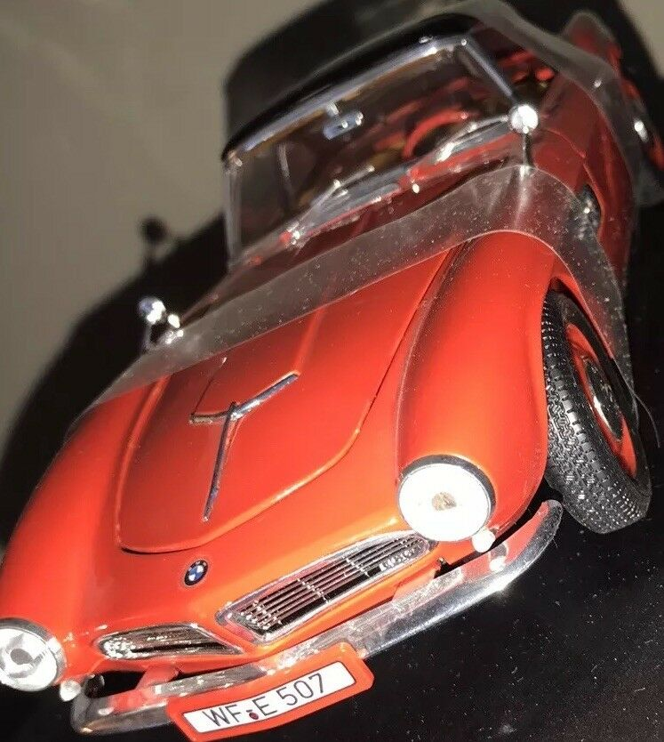 REVELL BMW 507 1956 TOURING SPORT 1 18 SCALE DIE CAST CAR NEW WITH BOX
