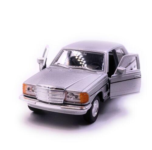 MERCEDES BENZ CLASSE E w123 argento modello di auto auto scala 1:34 concesso in licenza