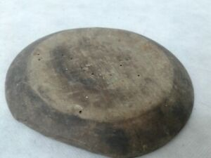 ANTIQUE-PRIMITIVE-VERY-OLD-WOODEN-BOWL-ROUND-PLATE-w-DARK-PATINA