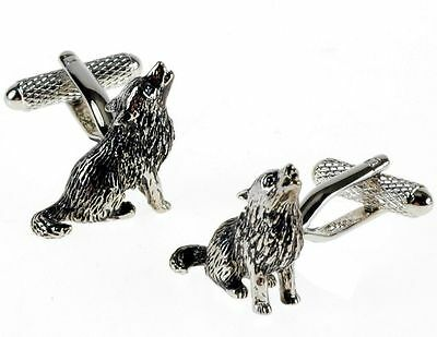 Howling Wolf Novelty Cufflinks  in silver finish  in gift box  22662