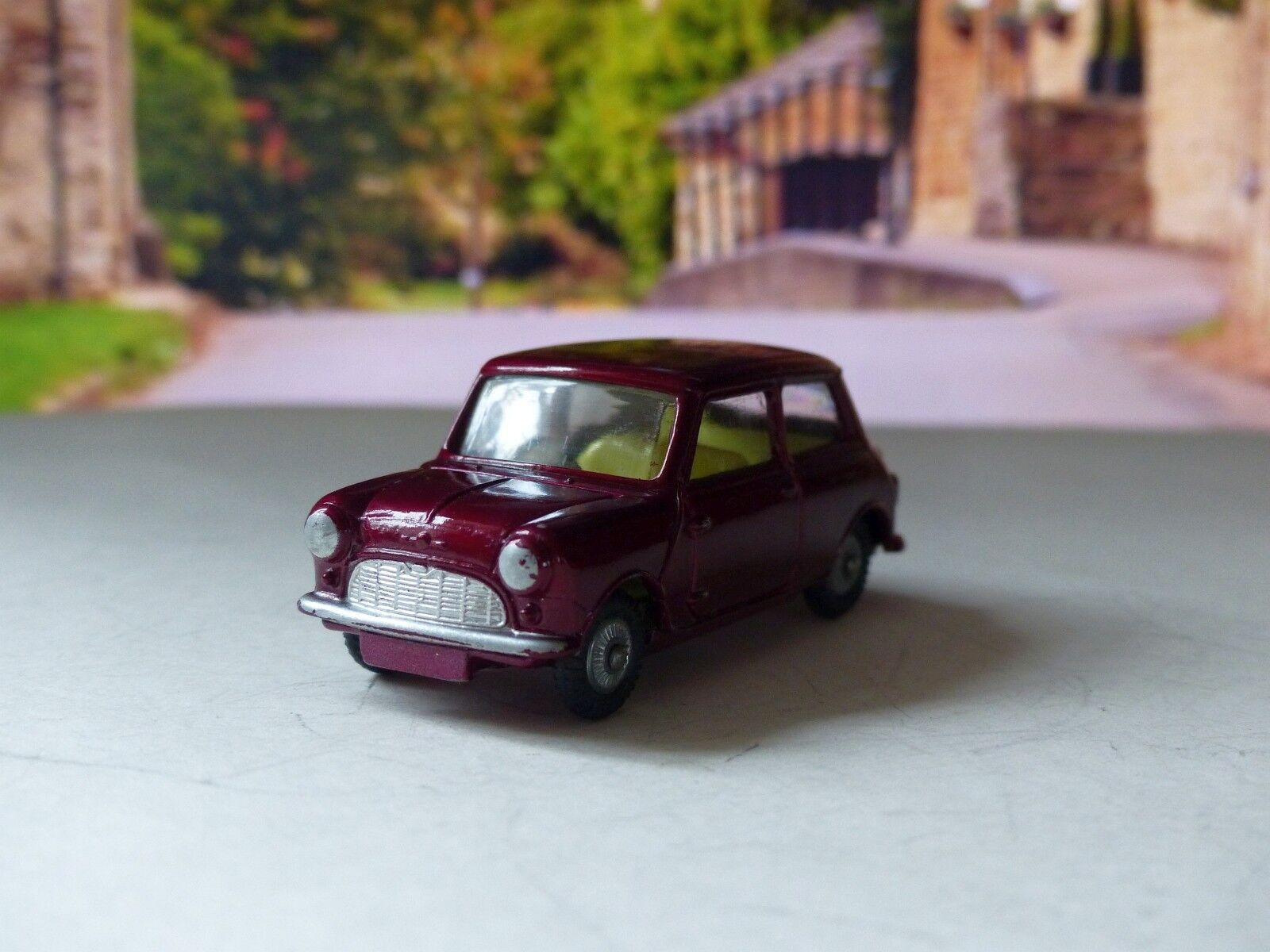 Corgi 226 Morris Mini-Minor i maroon