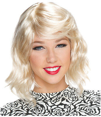 Blonde crossdresser pics