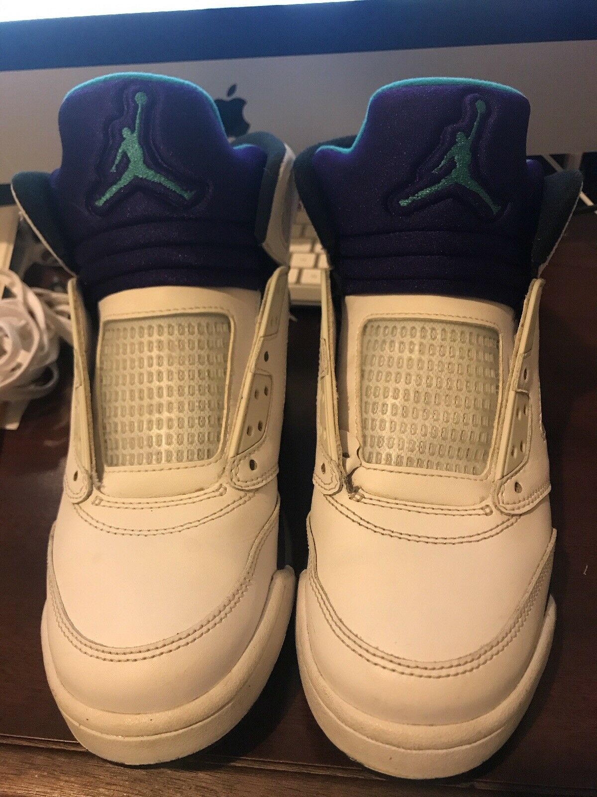 Nike air jordan retro 5 grape size 6y