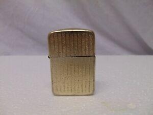 Vintage-Storm-King-metal-Lighter-gold-stripe-color-USA-2-1-4-034-x-1-1-2-034