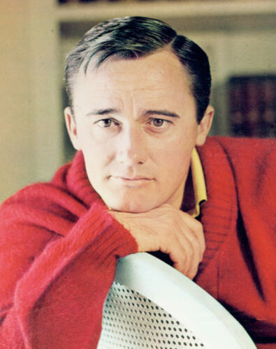 MAN FROM UNCLE ROBERT VAUGHN GREAT PUBLICITY PHOTO