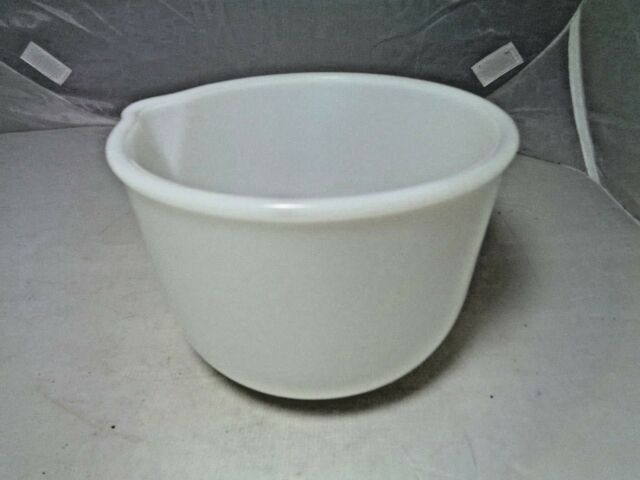 Vintage Small Glasbake Milk Glass Mixing Bowl for 1950\'s Sunbeam ...