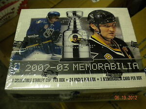 2001-02-HOCKEY-MEMORABILIA-FACTORY-SEALED-BOX-14