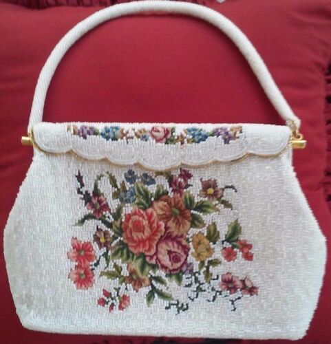 VINTAGE MINI BEADED ENVELOPE ROSES PURSE