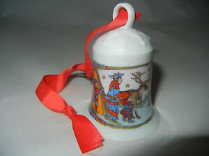 Hutschenreuther-Christmas-Bell-Porc-1995-Lapland-My-Type-No-1995-12