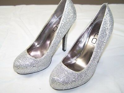 410db26fac4bd Glo Jeans Silver Metallic Large Glitter Pumps Heels Shoes Rounded ...