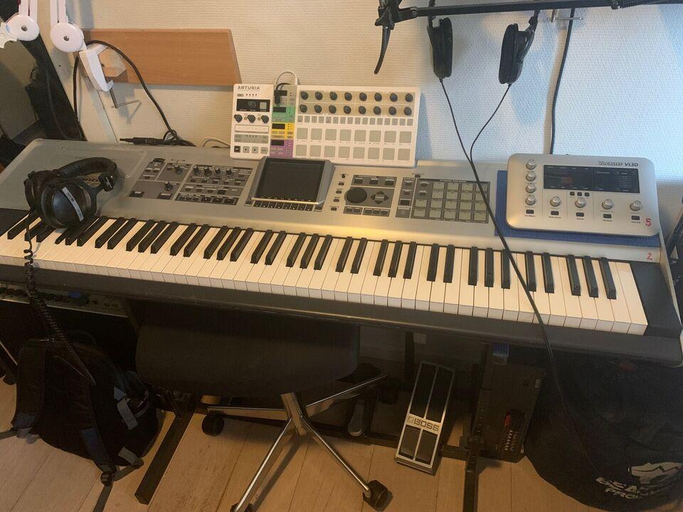 Workstation, Roland Fantom X8