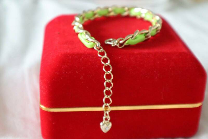 Cheap Zinc Alloy Gold Plated Braided With Leather Bracelet