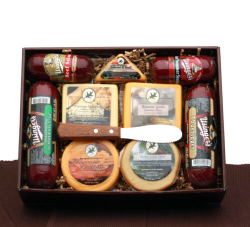 Signature Reserve Meat /& Cheese Gift//Cheddar//Gouda//Sausage//Salami//Cheese Squares