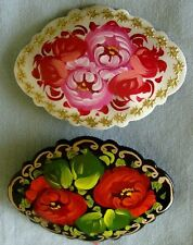 2 Russian traditional lacquered brooches pins w/ floral flowers hand-painted B5