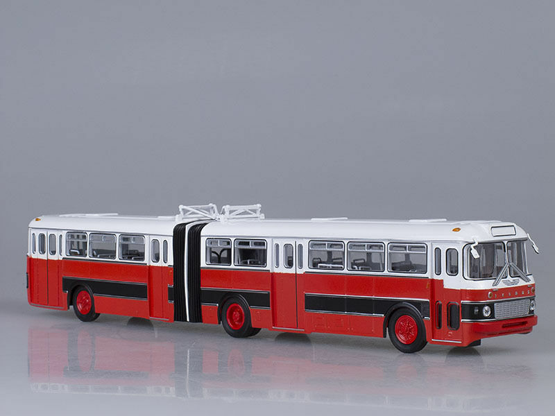 IKARUS-180 Bulgaria Retro Hungarian Bus 1:43 diecast scale model. Soviet Bus