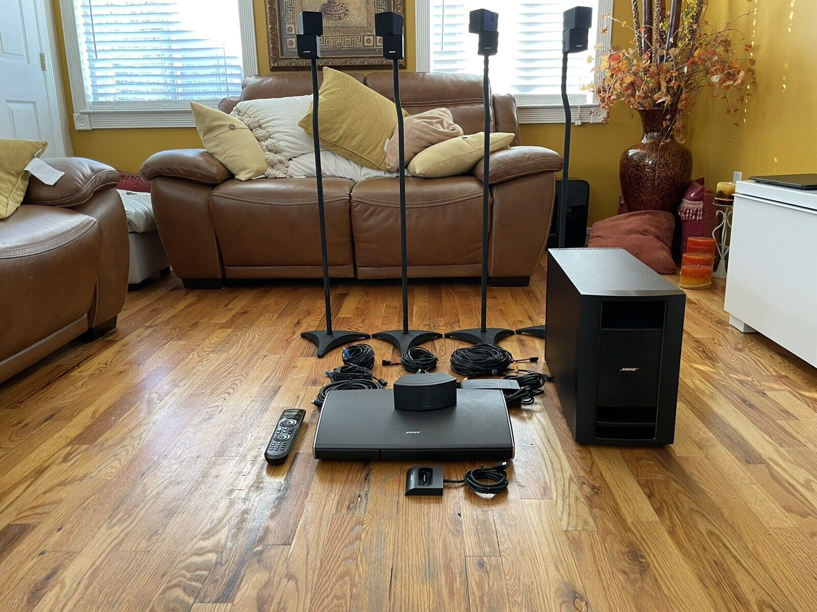 Bose Lifestyle V35 Home Theater 5.1 Surround Sound System- Black. Buy it now for 750.00