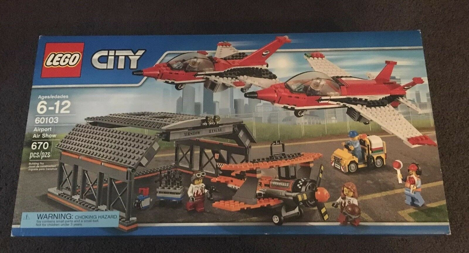 LEGO City Airport Air Show 60103 670 Pieces Brand Nuovo Factory Sealed