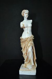 who was the greek goddess of love and beauty