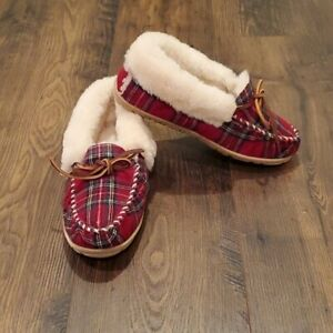 LL-Bean-Women-039-s-Wicked-Good-Shearling-Moccasin-Slippers-Size-7-NWOB-Red-Plaid