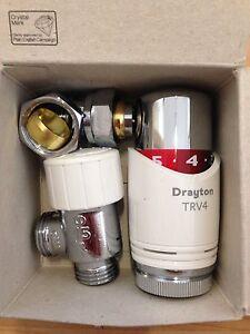 1 X Drayton Trv4 15 Mm Angle Thermostatique Radiateur Vannes *** Entièrement Neuf Dans Sa Boîte ***-afficher Le Titre D'origine