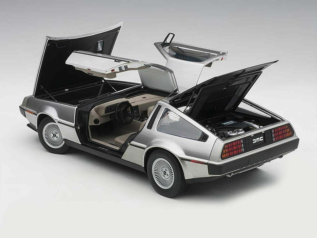 1981 Autoart 79918-1//18 DeLorean dmc-12 Metallic Red-NUOVO