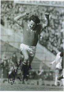 MICKEY-THOMAS-Signed-12x8-Photograph-FOOTBALL-MAN-UTD