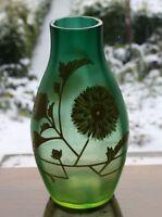 Glas Vase lüstrierend Art Deco Lüster handbemalt Jugendstil grün Geld