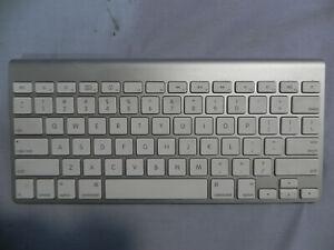 947d5572ea3 Image is loading Apple-Wireless-A1314-Keyboard-Bluetooth -MC184LL-A-3302100A5848A