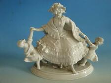 0415A1-271: Ens Figur Biedermeier Dame mit Kindern
