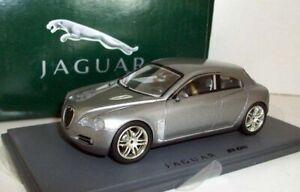 Replicars-1-43-repjag-02-Jaguar-R-D6-Coupe-Plata