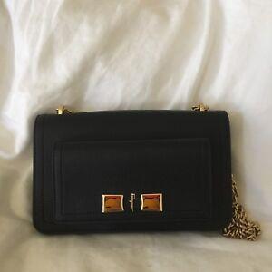 Image is loading Authentic-Salvatore-Ferragamo-Vara-Essential-Shoulder-bag -in- fc3238d1b8