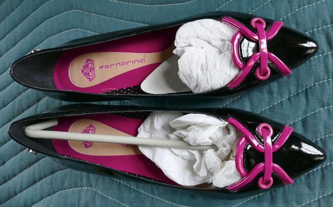 in vendita scontato del 70% FORNARINA Patent Leather Shiny nero w rosa rosa rosa Accents Kitten Heel Pumps scarpe 39 8  vanno a ruba