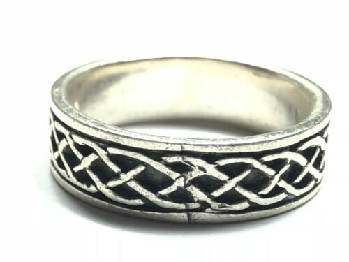 Size 8 Beautiful Ladies Solid Sterling Silver Celtic Knot Ring Band FREE S/&H