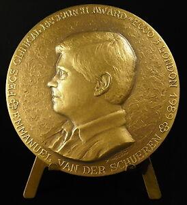medal-Emmanuel-Van-Der-Schueren-Clinical-research-sc-Yencesse-amp-Lignier-medal