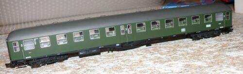 S65 Roco  44680 Personenwagen Mitteleinstieg 2 Klasse DB Ep III 303 mm
