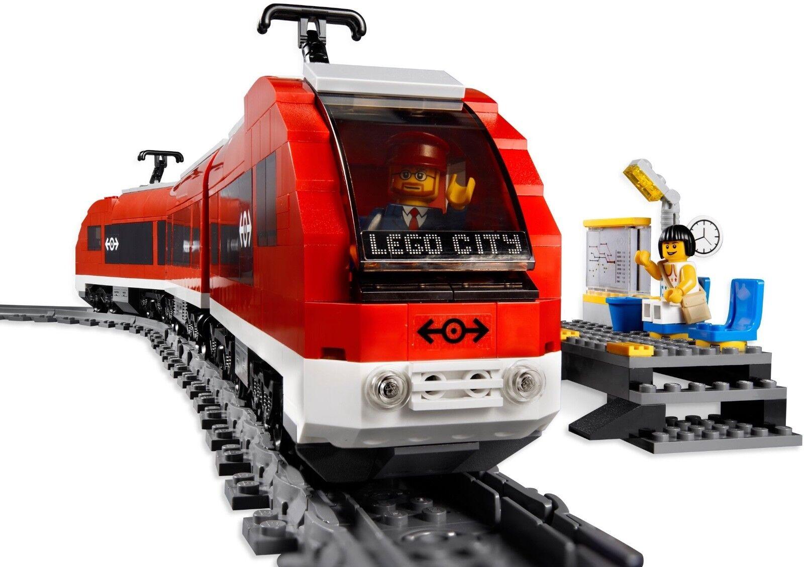 LEGO ® Passenger Train 7938 - Electric - Release: 2010 - 100% complete