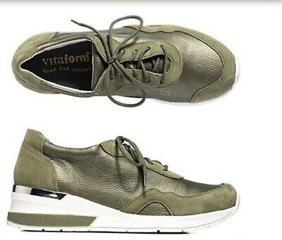 VITAFORM Damen Sneaker Vitaform Stretch Details in Velours Sohle