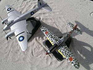 P 51 North American Mustang 1:72 terminé modèle Big Beautiful Doll ronds yakair