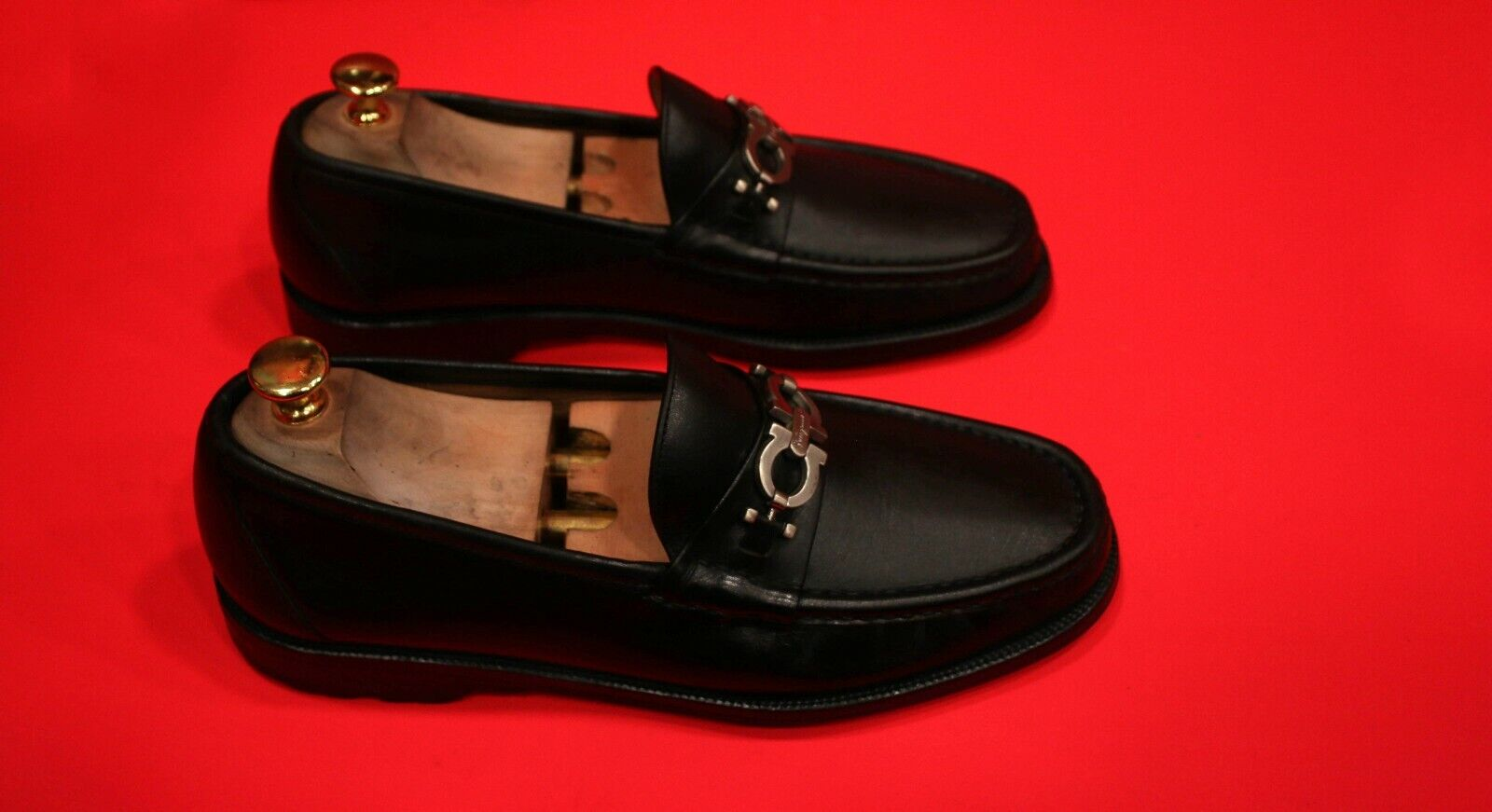FERRAGAMO Excelente Vestido Negro Sin Cordones bits Mocasines Zapatos Extra Ancho