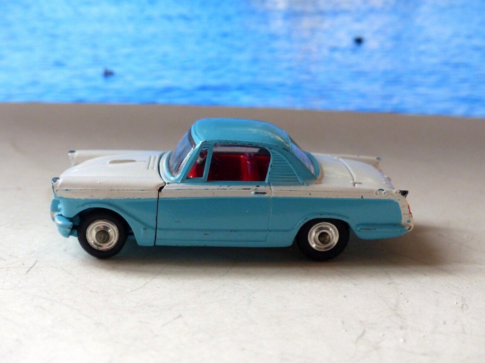 Corgi Toys 231 Triumph Herald 1500 Coupé in bluee and white