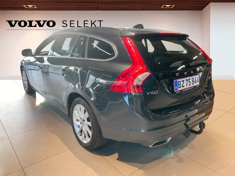 Volvo V60 2,0 D4 190 Momentum Eco aut. - billede 2