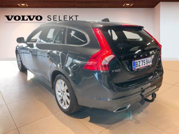 Volvo V60 2,0 D4 190 Momentum Eco aut. billede 2