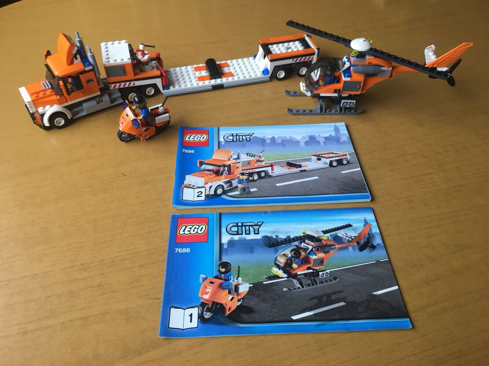 Con 100% de calidad y servicio de% 100. Lego City (7686) (7686) (7686) Helicopter Transporter Excellent Condition  a la venta