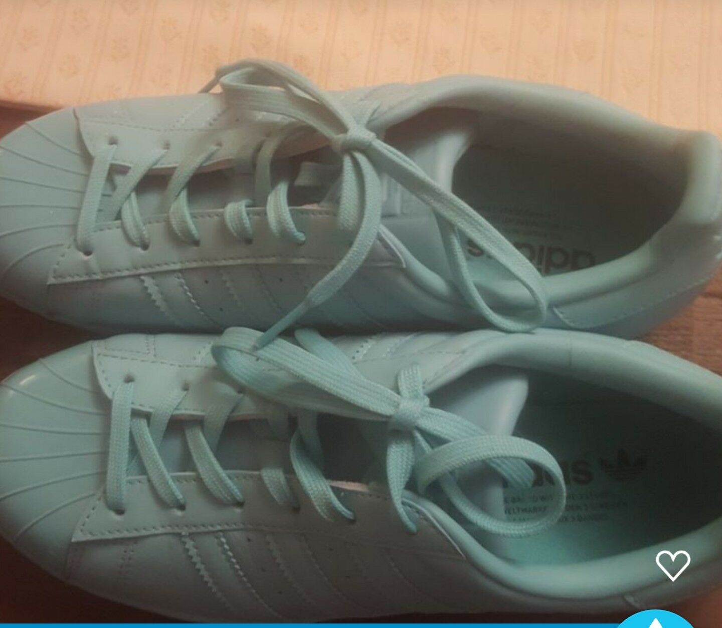 Femme  adidas trainers Taille 6